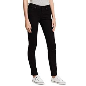 Calvin Klein Lightweight Stretch Skinny Jeans